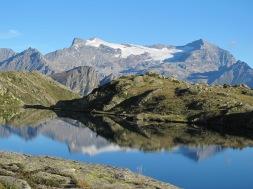 Wandern am Simplon-Tschawinersee mit Breithorn